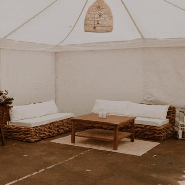Wicker Lounge